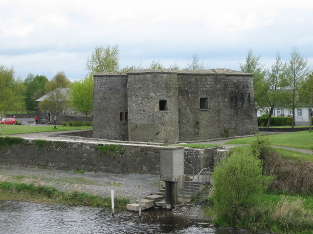 Banagher Quot Cromwell S Castle Quot 169 Brian Shaw Cc By Sa 2 0