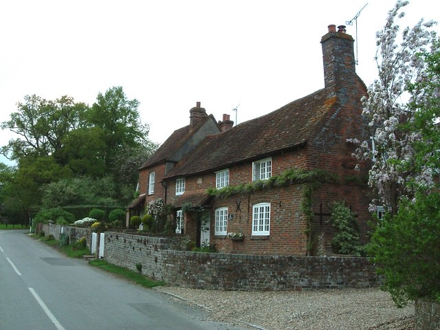 Cottages at The Lee