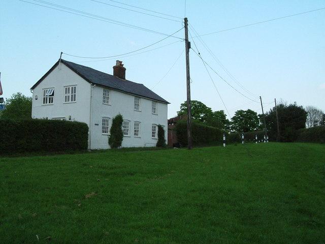 Kingsash - Cottage