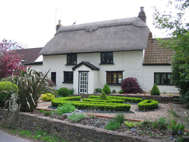 Thatched cottage at Lyes Green