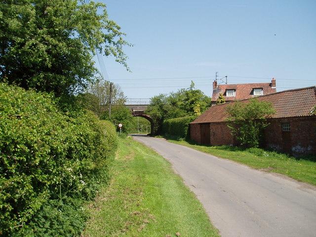 East Coast Railway crossing Bell Lane, Weston, Nottinghamshire