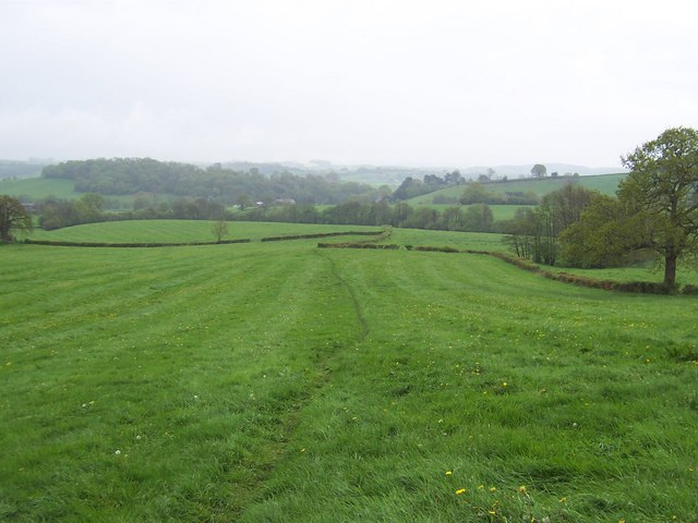 Eastern aspect from Pen-pwll-calch Farm