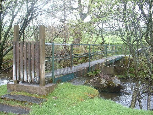 Footbridge over Afon Lliw