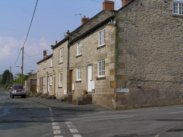Houses in Wombleton