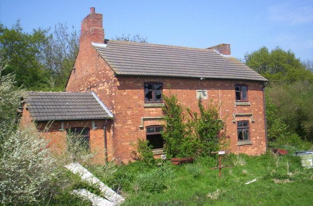 Derelict cottage, Launde Big Wood