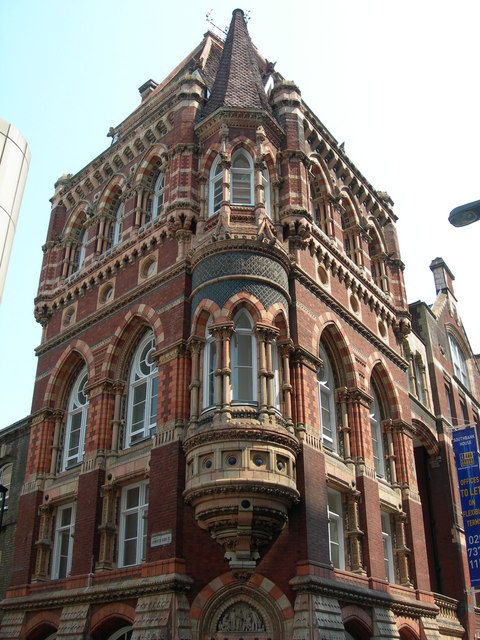 Building on Corner of Lambeth High Street