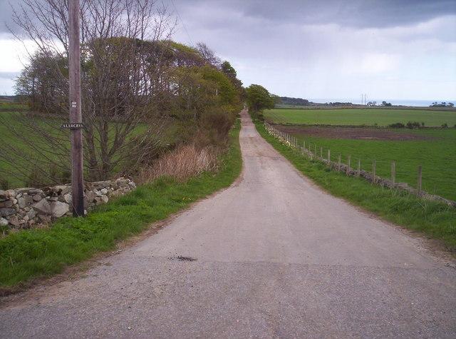 Track to Allochie