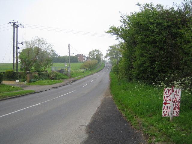 Caddington: Dunstable Road