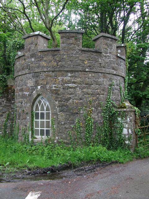 Lodge gatehouse