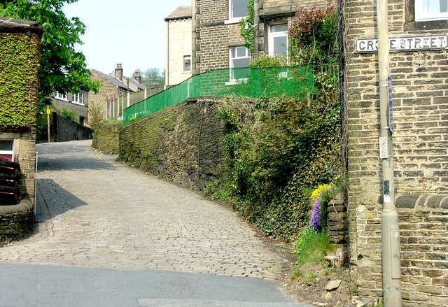 Golcar - cobbled hill to Longwood