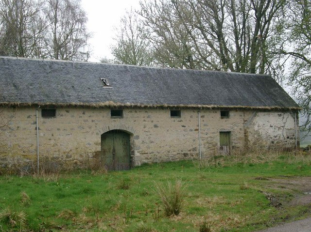 Derelict building near Tomich