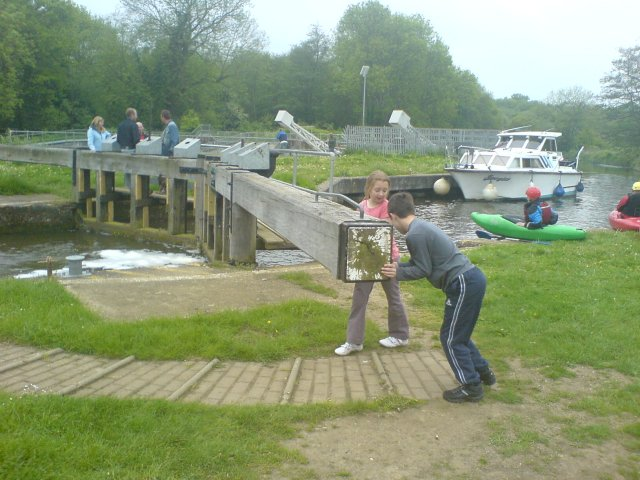 Sluice Weir Lock