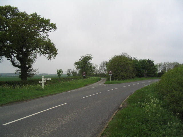 Road junction between Thistleton and Stretton
