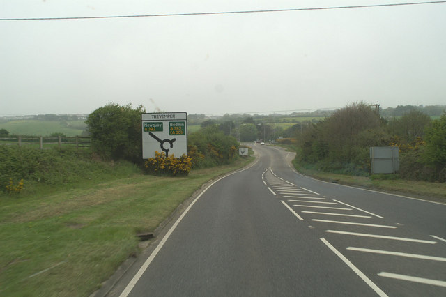 A3075 junction with the A392