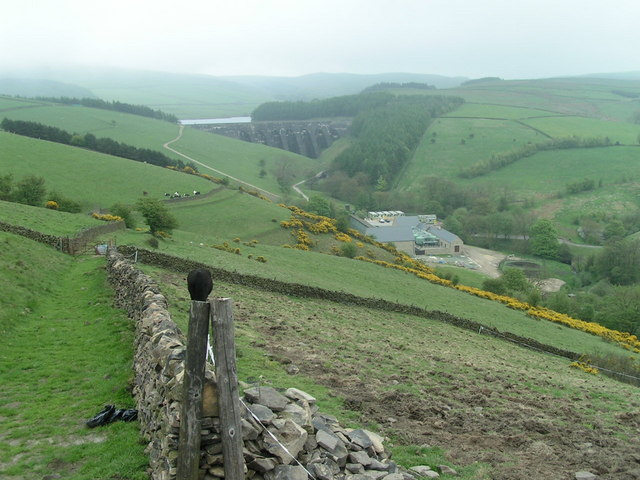 Lamaload Reservoir from Yearnslow Farm