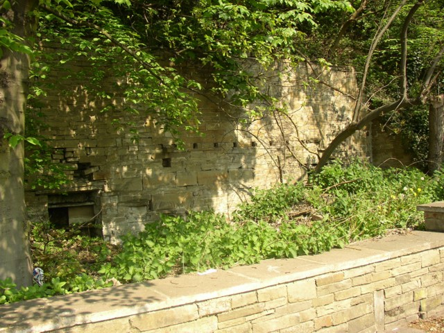 Remains of cottages, Elland Road, Brookfoot, Southowram