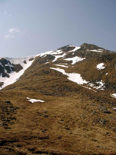 The SE ridge of Sgurr na Lapaich