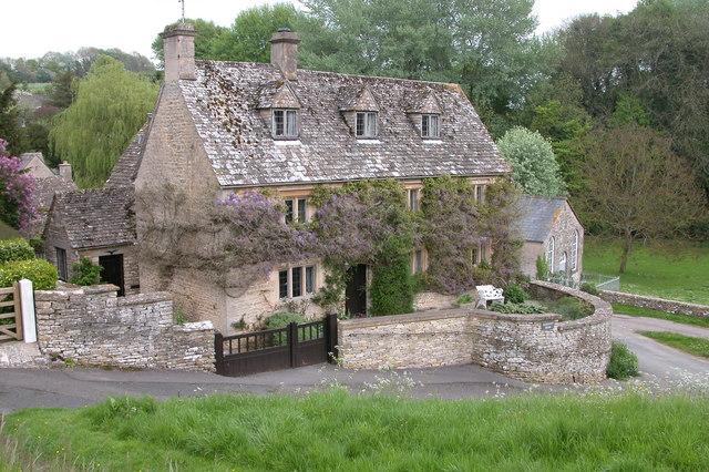 Davenport House, Duntisbourne Abbots