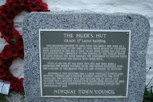 The plaque on the Huer's Hut