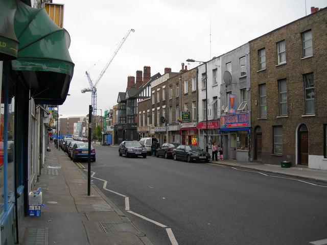 Green Lanes  N16, looking South