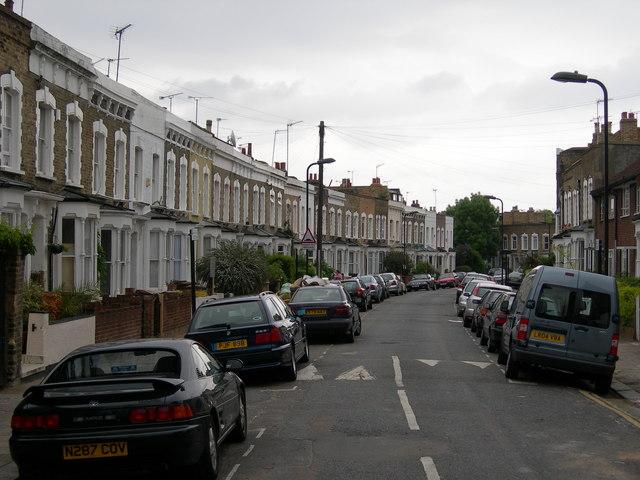Lidfield Road N16