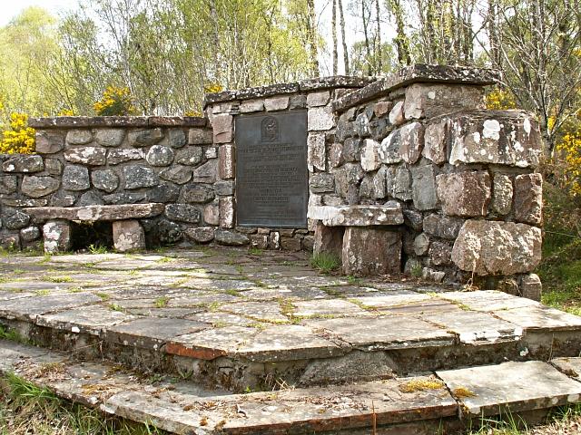 Clan MacBain/Bean monument
