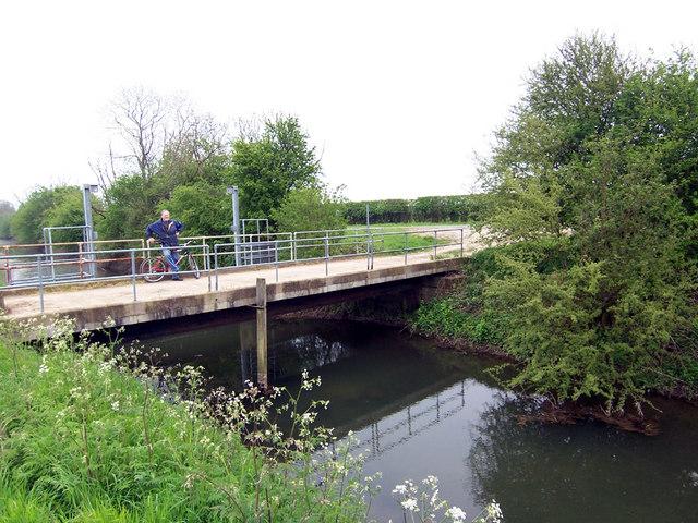 Sluice on East Halton Beck