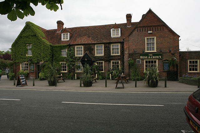 Rose and Crown pub, Brockenhurst