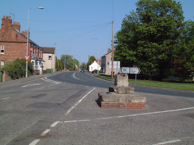 Cross at Haxey