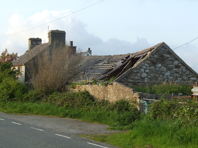 Derelict house alongside the A4080