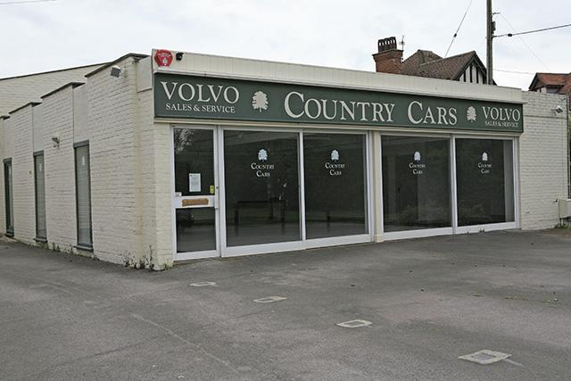 Disused Volvo Garage, Waters Green, Brockenhurst