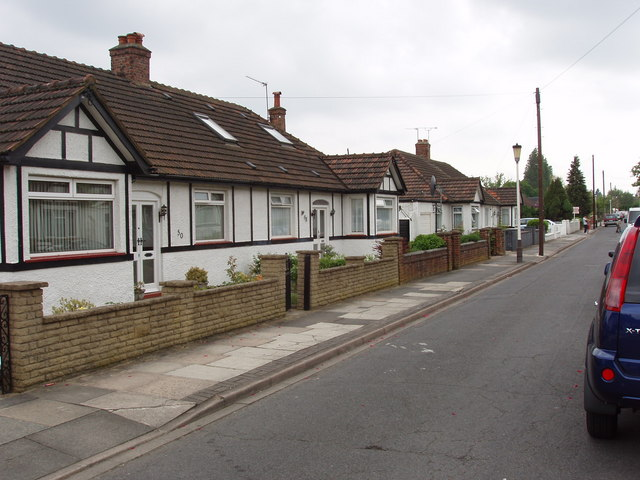 Bungalows in Lowfield Road, North Acton