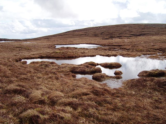 Peat pools on Beinn an Eòin