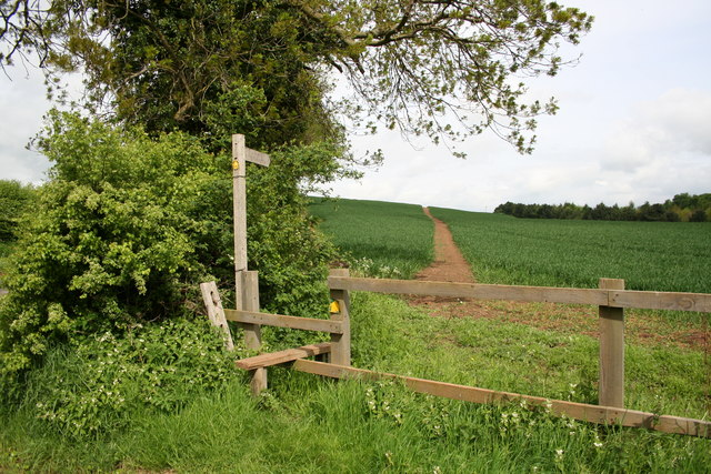 Footpath to Beelsby