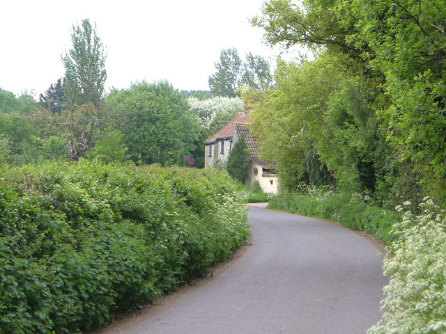Gothic Farm, Slough Green
