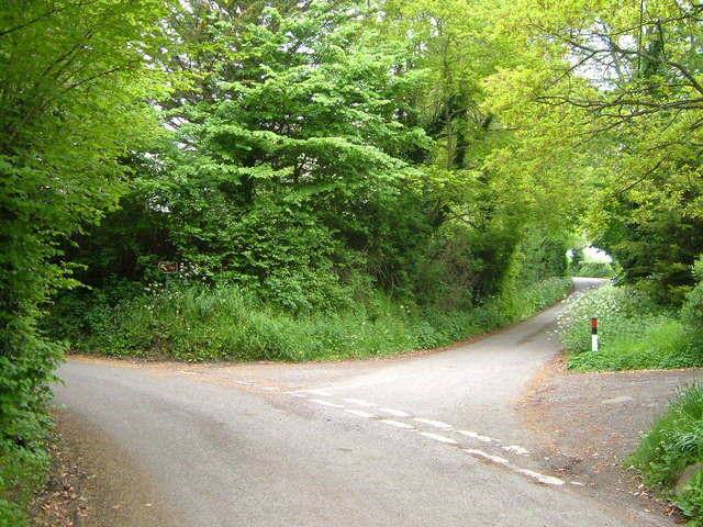 Lane junction, West Hatch