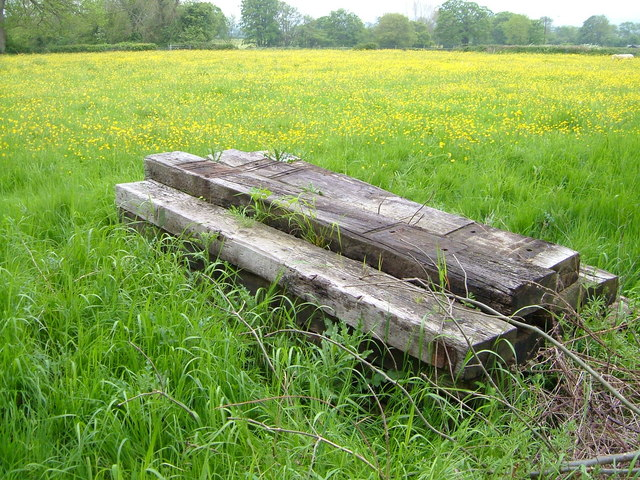 Railway sleepers near Hatch Beauchamp