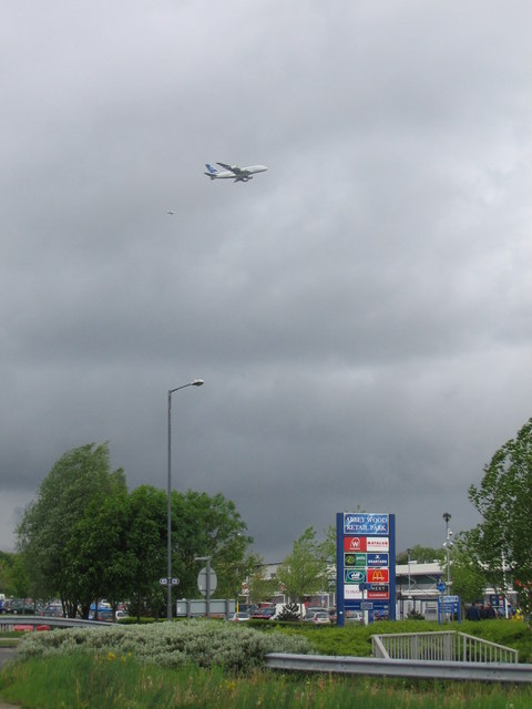 Airbus A380 over Filton