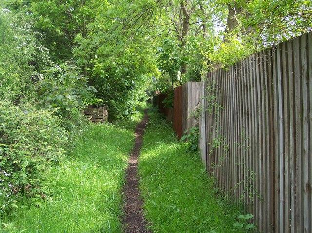 Bridleway behind St.Wulstan's Hospital Site, Upper Welland