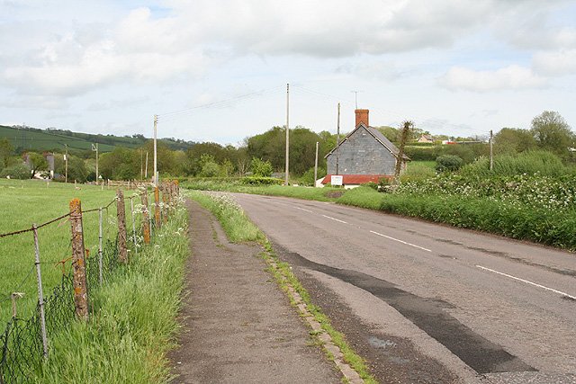 Bampton: near Way Farm