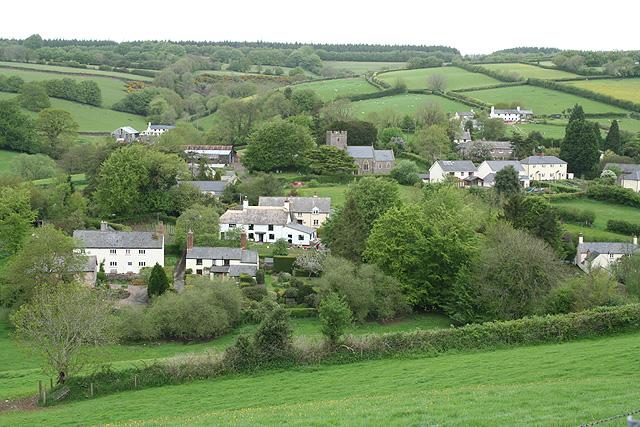 Skilgate: towards the village