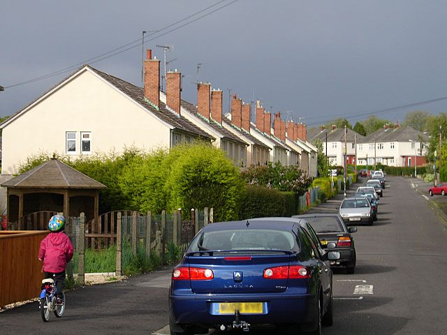 Looking along Rodbourne Road, Manor Farm