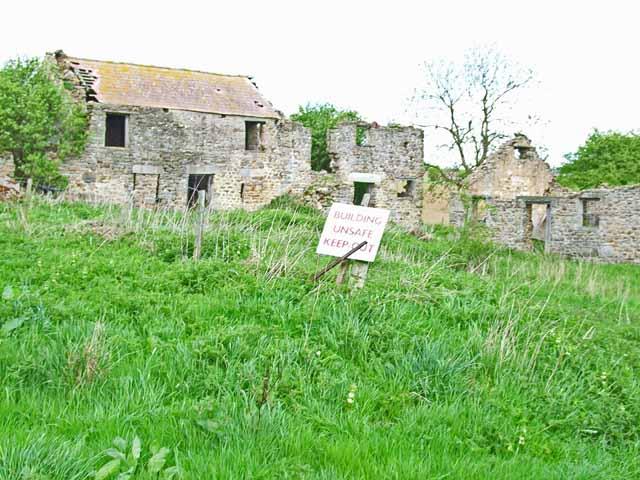 Ruined farm on Barden Lane