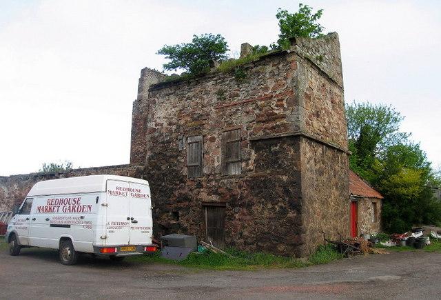 Redhouse Castle Doocot