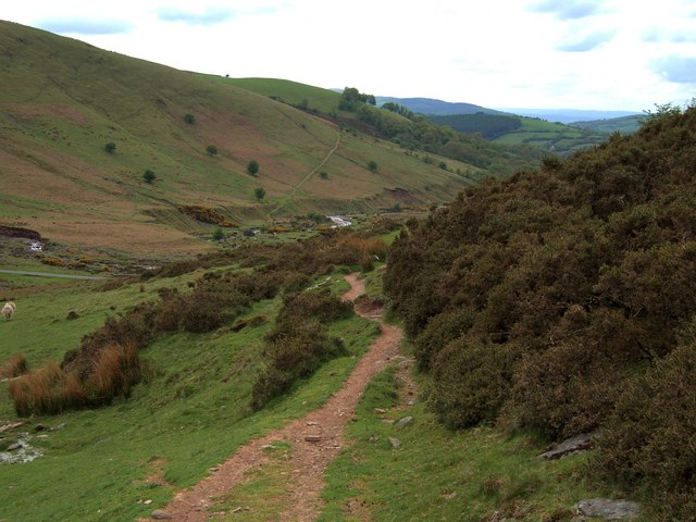 Footpath from Waun Lwyd to Llyn y Fan hatchery