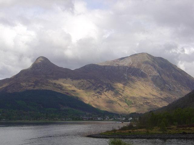Sgorr Na Ciche (Pap of Glencoe) and Sgorr Nam Fiannaidh