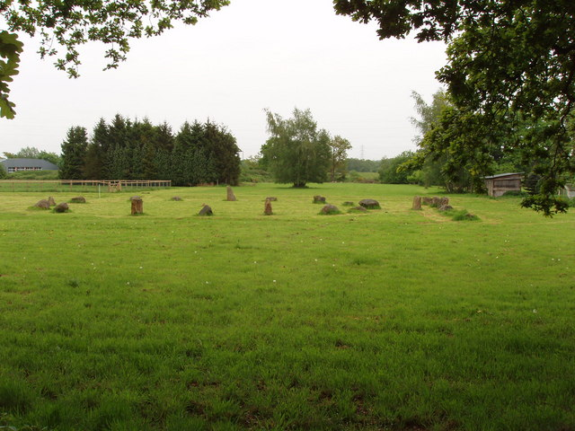 Modern stone circle near Pyrford