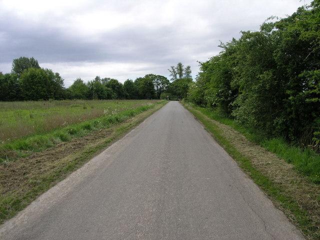 Lane to Tretton Manor