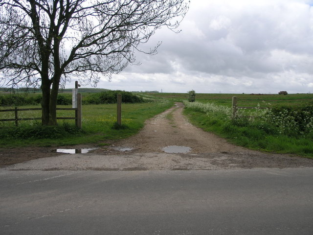 Footpath to Kneesall