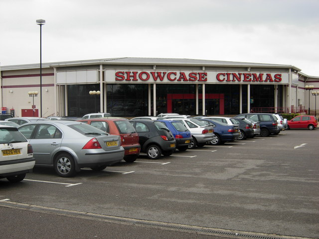 Showcase Cinema, Cross Point Business Park